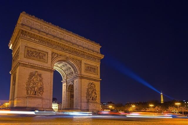 paris-4056742_960_720[1].jpg
